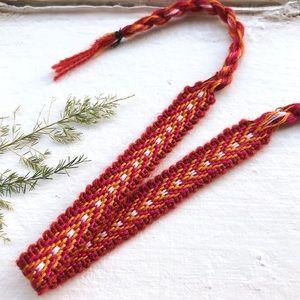 Jewelry - $4 BUNDLED❥ Burnt Sienna, Raspberry Woven Bracelet